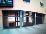 Plazas de garaje para coche o moto. Calle Gregorio de Vacas, 5