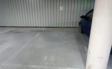 Plaza de garaje para coche. Calle Greco, 5-7