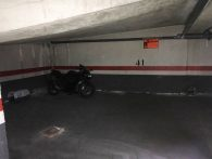 Plaza de garaje para coche. Calle Santa Catalina, 11