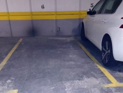 Plaza de garaje para coche. Centro Comercial TUTTI Majadahonda